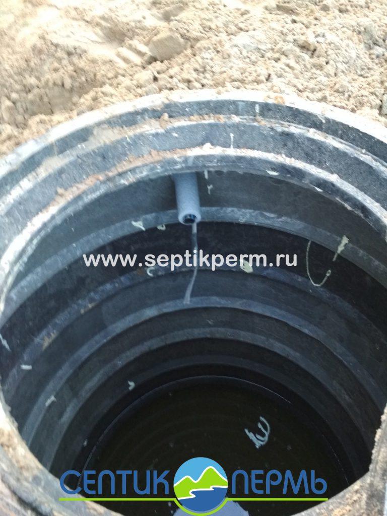 Монтаж устройства очистки сточных вод Топас 8 Пр и дренажный колодец