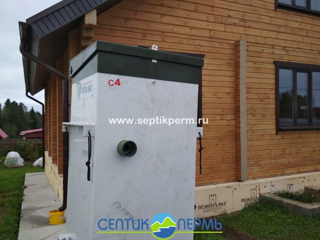 Монтаж устройства очистки сточных вод Топас-С 4 в поселке Мысы, Пермский край.