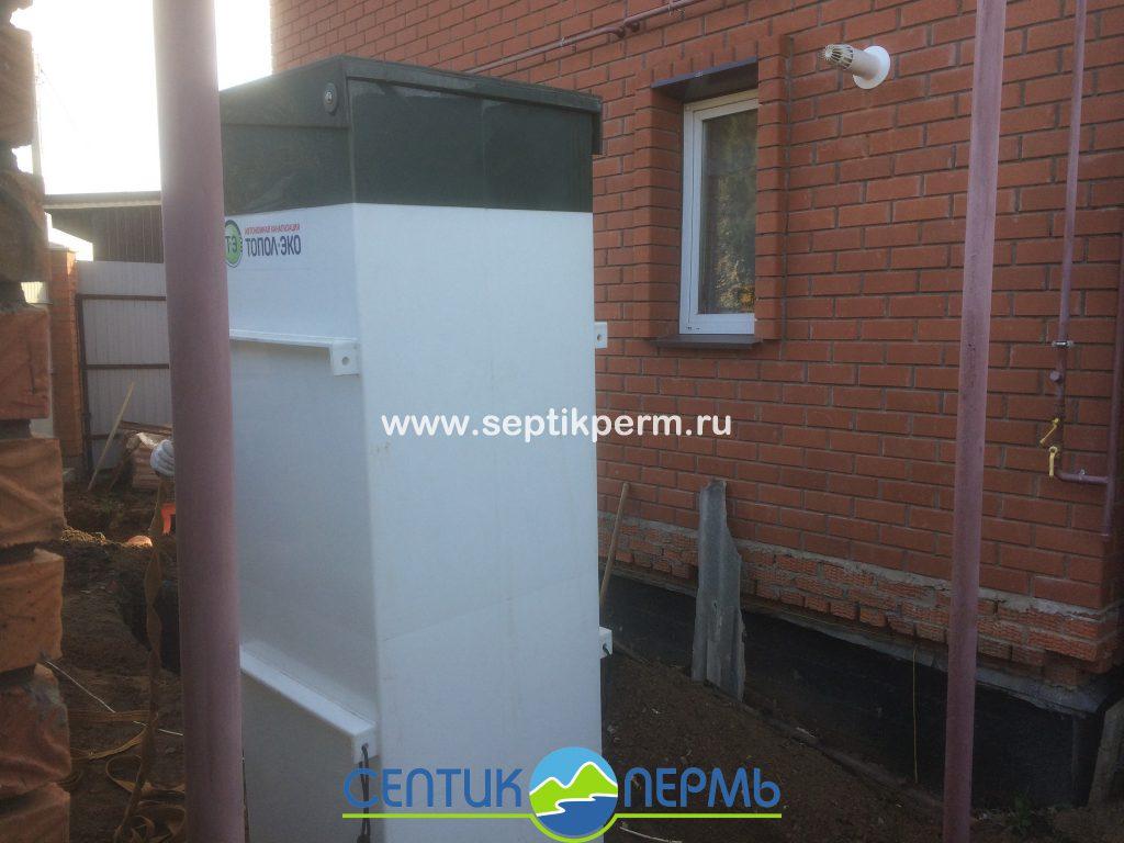Монтаж устройства очистки сточных вод Топас 4 Пр в Култаево, с принудительным водоотведением в ливневую канаву.