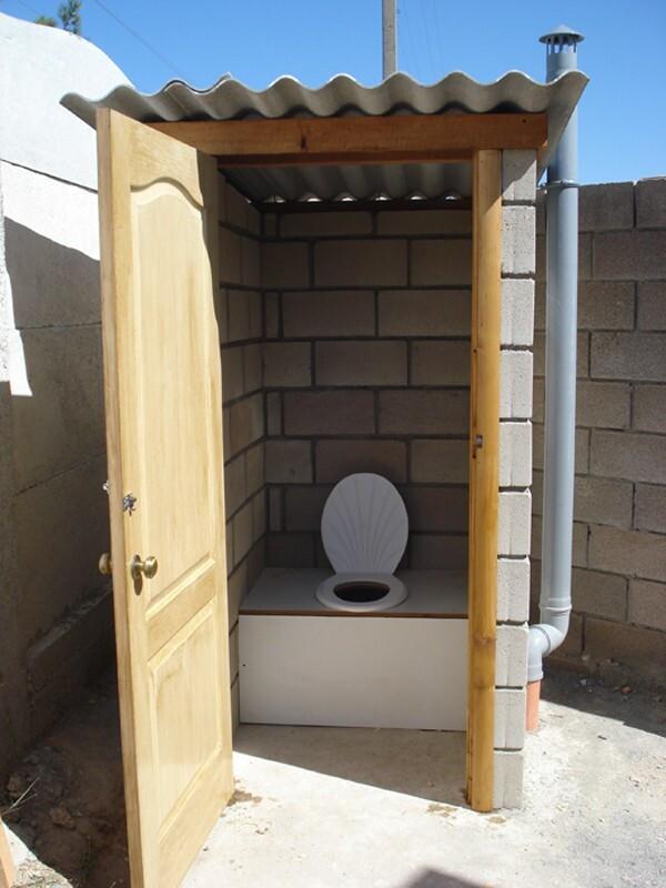 Дачный туалет своими руками из блоков